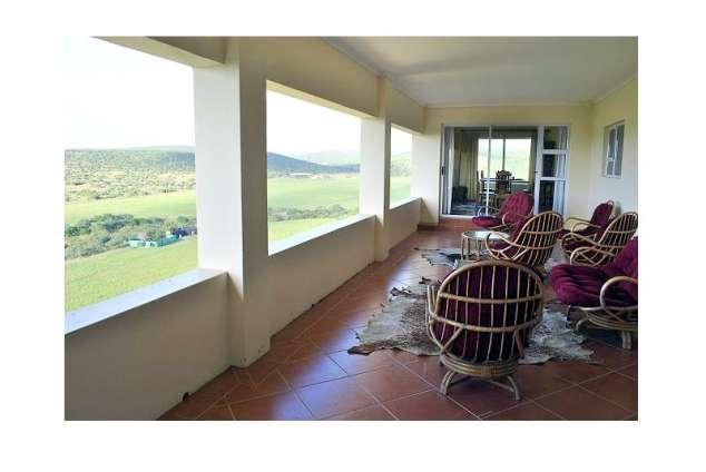 1/8 - Sunland Star Graded Guest Farm Accommodation