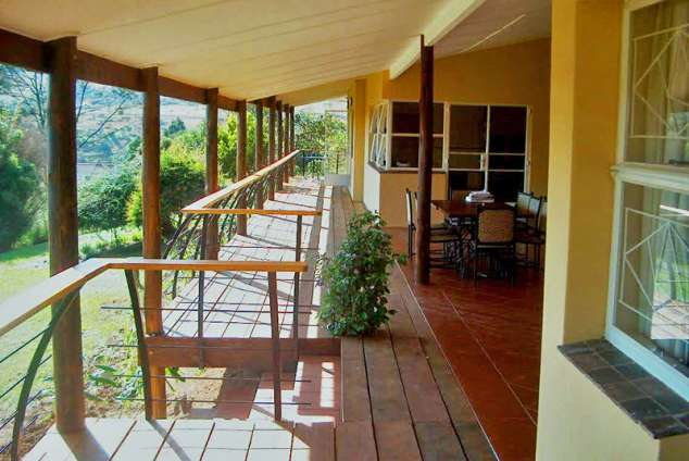 1/8 - Red Berry B&B - Bed & Breakfast Accommodation in Mbabane, Swaziland