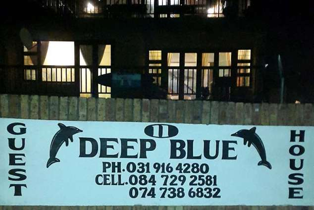 1/16 - Bed & Breakfast accommodation in Winklespruit - Deep Blue Guesthouse and Lodge