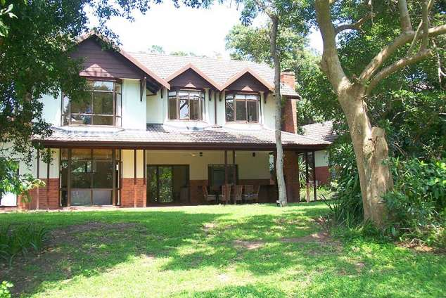 1/8 - Selborne: Tasselberry Lodge - Self Catering House in Pennington, South Coast