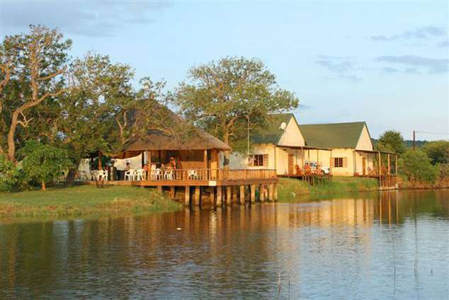 1/8 - Dweba Lapa - Self Catering Chalet Accommodation in Pongola