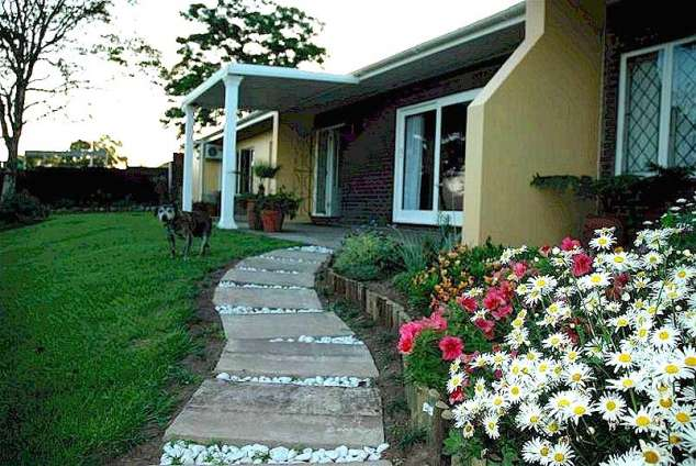 1/8 - Main Entrance to Apricot Sky - Bed & Breakfast Accommodation in Pinetown