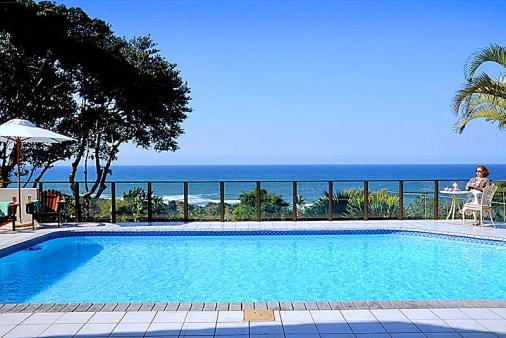 1/8 - View from the pool deck - Bed & Breakfast Accommodation in Glenmore Beach