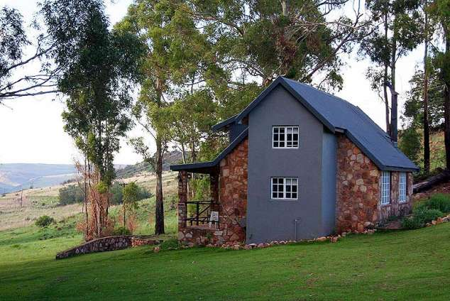 1/12 - Self Catering Cottage Accommodation in Dullstroom, Mpumalanga
