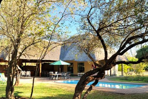 1/18 - Komatipoort Self Catering Accommodation