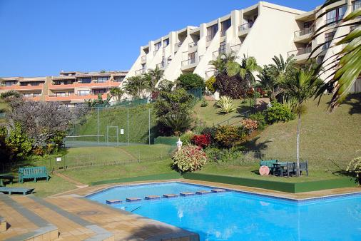 1/12 - Swimming Pool and Tennis court - Umdloti Beach Self Catering Holiday Accommodation