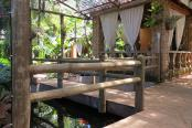 Dinkwe Lodge & Guesthouse