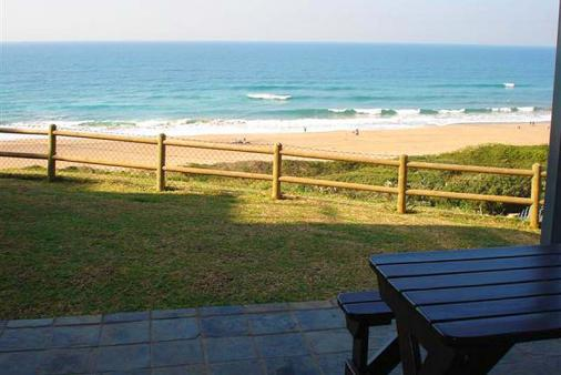 1/9 - View from Patio - Self Catering Apartment Accommodation in Winklespruit, South Coast