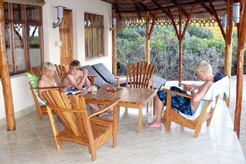 1/8 - Self Catering Holiday Accommodation in Guinjata Bay, Mozambique