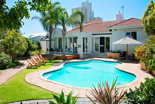 1/16 - Star Graded Bed & Breakfast Accommodation in Summerstrand