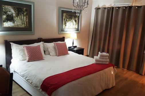 1/18 - main bedroom