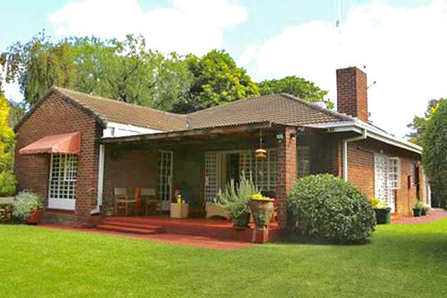 1/8 - Sunbird Guest House - Guest House Accommodation in Harare, Zimbabwe