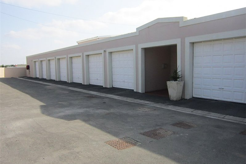 Single garages