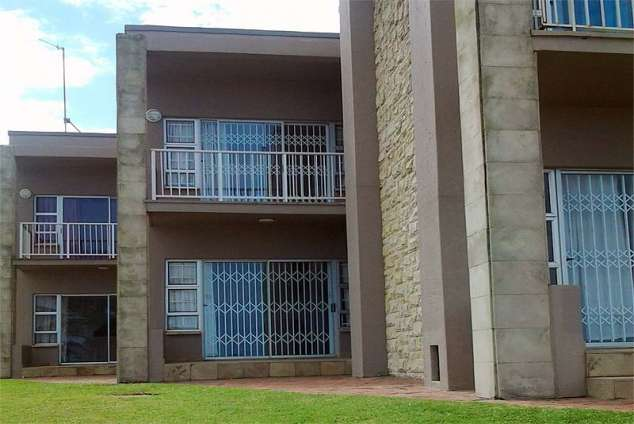 1/8 - Self Catering Apartment Accommodation in Ballito