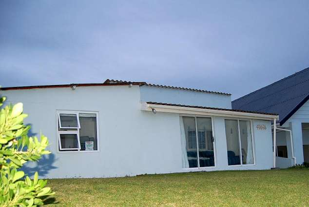 1/8 - Self Catering Cottage accommodation in Mazeppa Bay, Wild Coast
