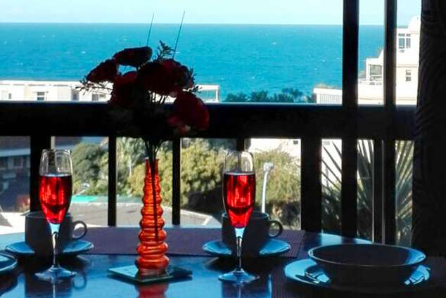 1/7 - The View - Self Catering Apartment Accommodation in Umhlanga Rocks