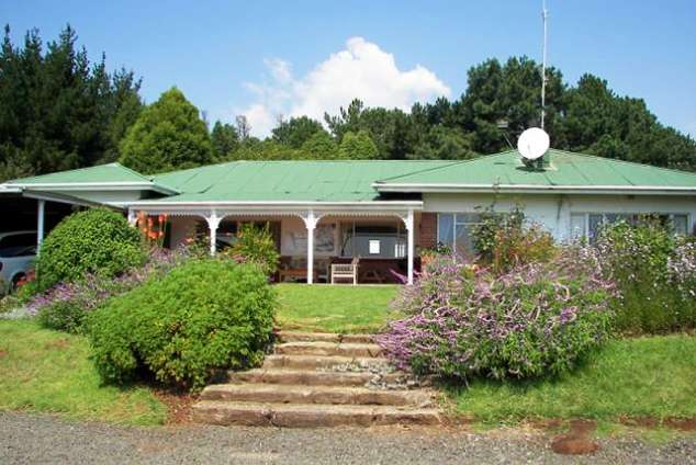 1/12 - Eland - Self Catering Accommodation in Kamberg