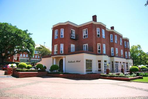1/12 - Redlands Hotel - Hotel Accommodation in Wembley, Pietermaritzburg