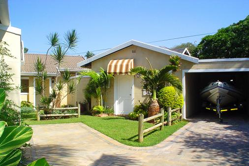1/8 - Self Catering Cottage Accommodation in Umhlanga Rocks