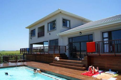 1/8 - Pool Area - Self Catering House in Tugela River Mouth, North Coast