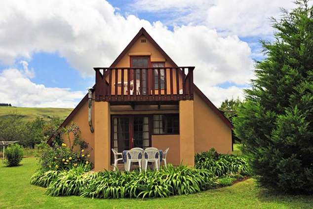 1/12 - A frame, sleeps 6 or 7 - Self Catering Cottage Accommodation in Central Drakensberg