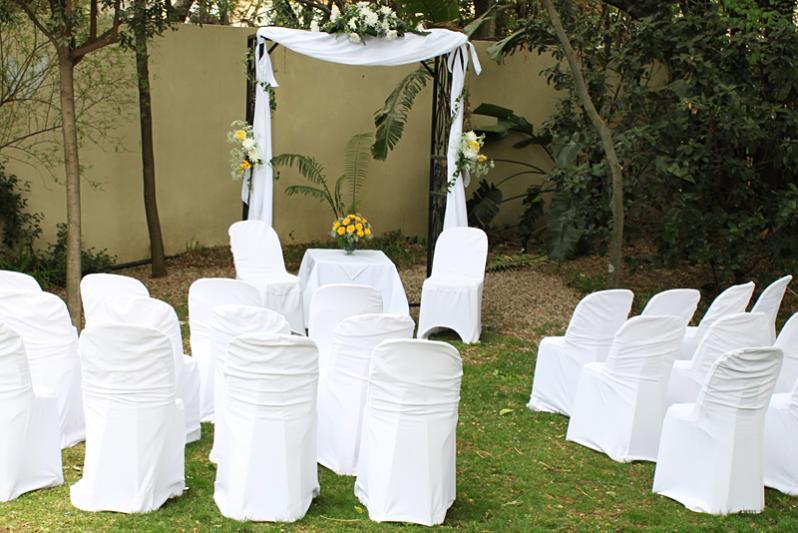 garden wedding setting