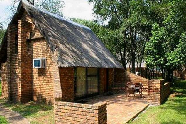 1/24 - Bungalow - Berg-en-Dal Restcamp, Kruger National Park, Mpumalanga