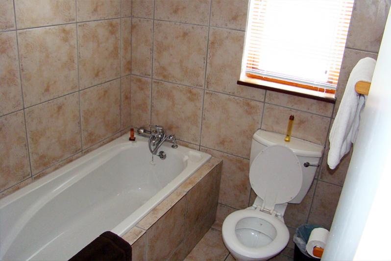 En-suite bathroom downstairs at second bedroom