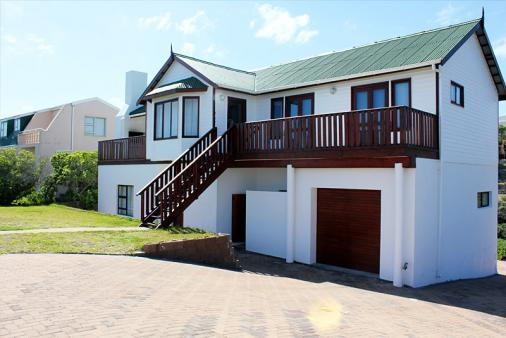 1/13 - House on sea front with 180 degree sea view