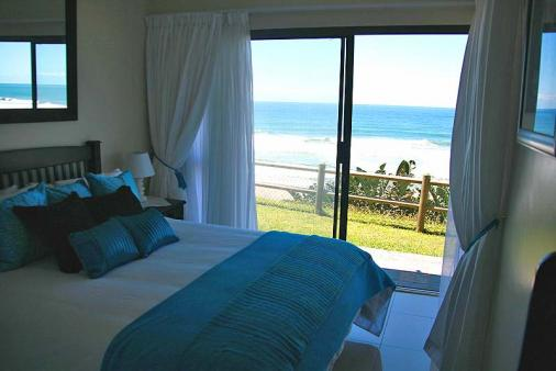 1/8 - Main bedroom - Self Catering Apartment Accommodation in Winklespruit, South Coast