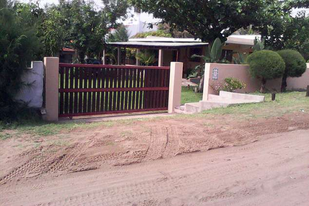 1/12 - Self Catering House Accommodation in Ponta Do Ouro, Mozambique
