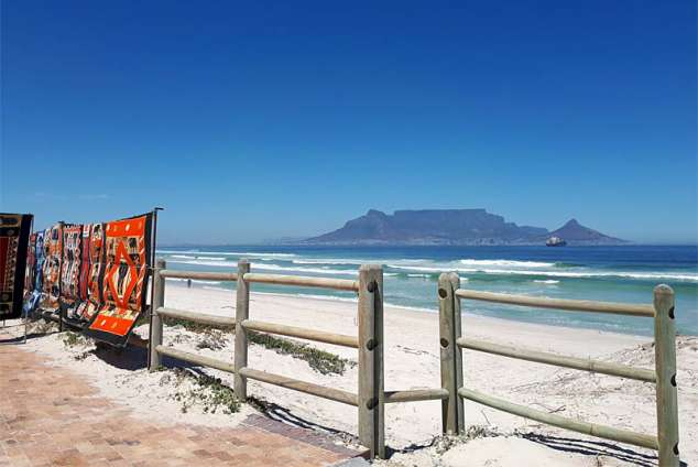 1/20 - The beach is only 2 min walk from Dolphin Inn Blouberg