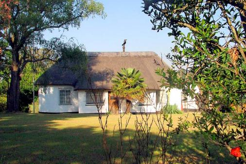 1/12 - Absolute Leisure Cottages - Self Catering Accommodation in eNtokozweni, Mpumalanga