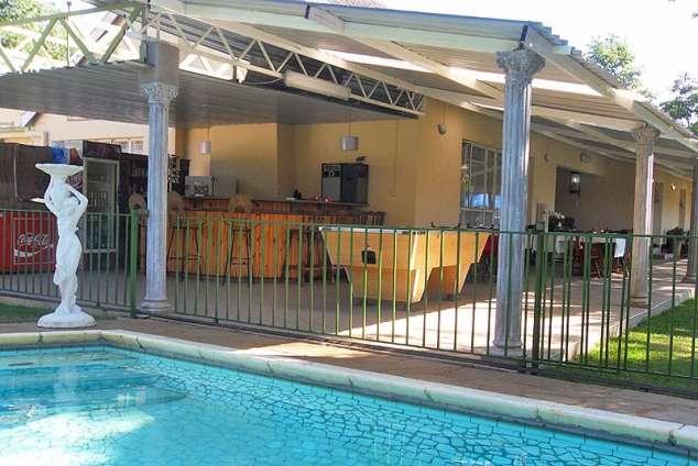 1/7 - Swimming pool