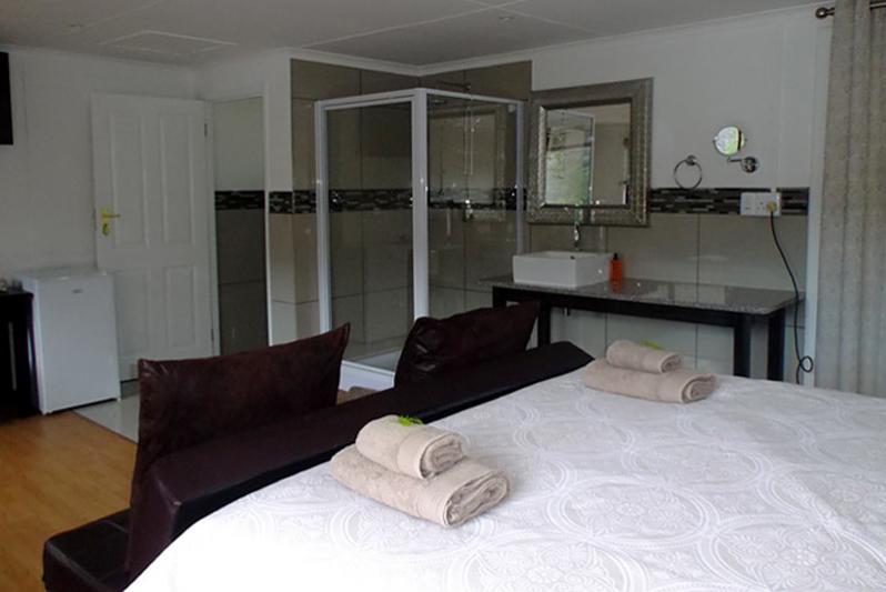 luxury waterfront cabin