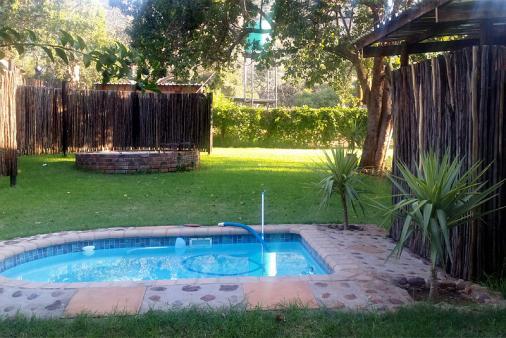 1/17 - Splash Pool / Boma braai area