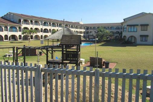 1/12 - Cabanas del Mar - Self Catering Apartment Accommodation in Winklespruit