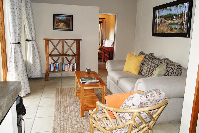 River cottage / lounge