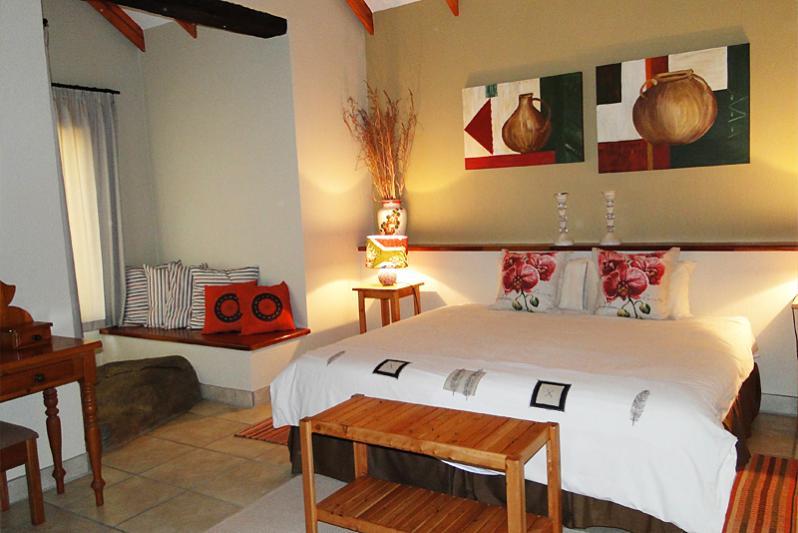 Ziggy's River Cottage/ bedroom