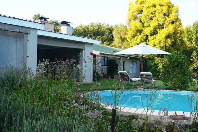 1/17 - Self Catering Cottage Accommodation in Champagne Valley, Central Drakensberg