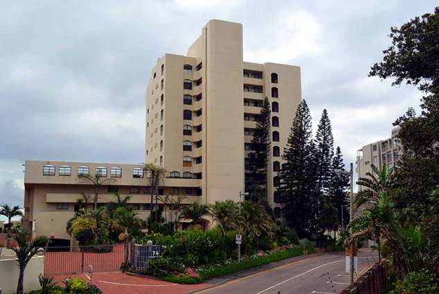 1/12 - Self Catering Beachfront Apartment Accommodation in Umhlanga Rocks