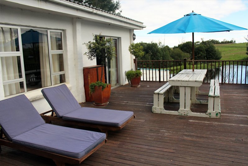 deck of cottage for 4