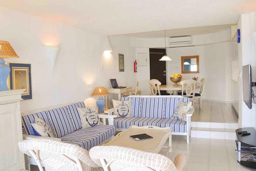 1/19 - Self catering accommodation in Umhlanga Rocks