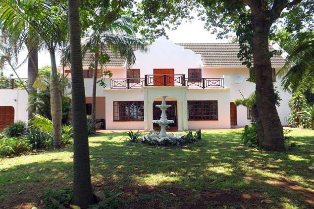 1/12 - Zululand Country Lodge - Bed & Breakfast Accommodation in Mtunzini