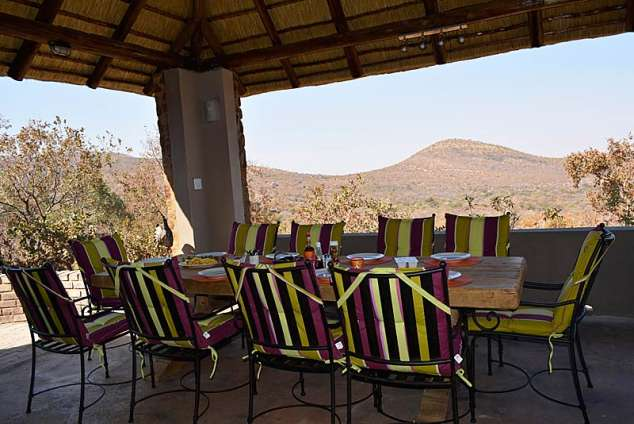 1/20 - Dining table for 10 in Lapa with a view over the bushveld.