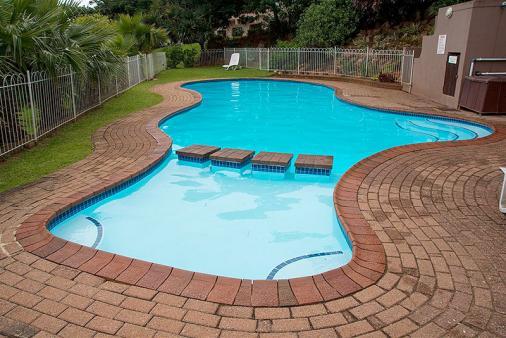 1/11 - Complex Swimming Pool
