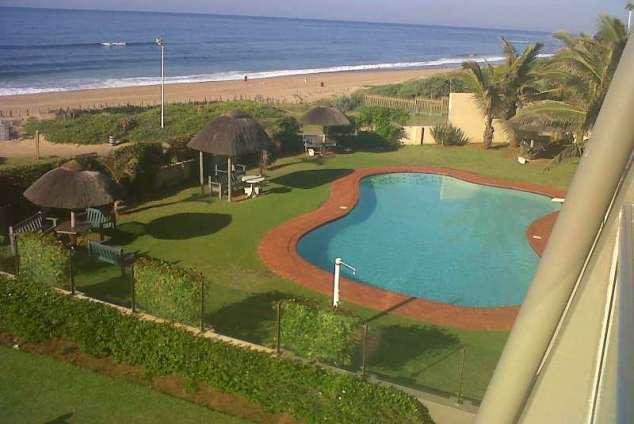 1/14 - Image of Pool area - Self Catering Apartment Accommodation in Amanzimtoti - 64 Inyoni Rocks