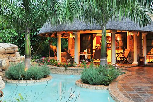1/10 - Summer Terrace Bistro (Breakfast) - Hotel Accommodation in Manzini, Swaziland