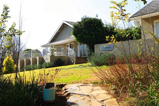 1/16 - Self Catering House accommodation in Champagne Valley, Central Drakensberg