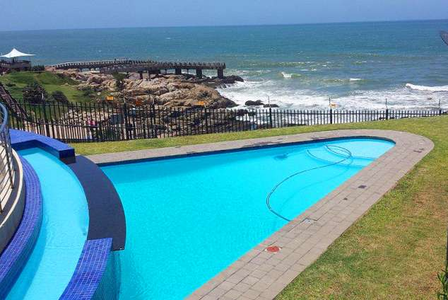 1/11 - Pool - Self Catering Apartment Accommodation in Margate, Whale Rock 15